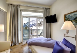 Leukerbad Clinic - Single premium room