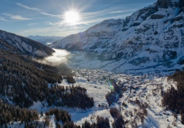 Leukerbad Dorf Winter ab Melchernboden jpg