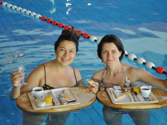 Champagnerfruehstueck in der Therme 6