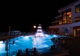 Leukerbad Therme Sommer